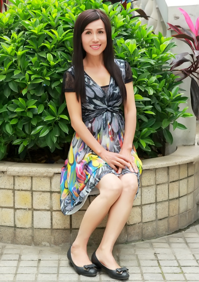 liuzhou single hispanic girls I met a gal who'd been single and loving it for six  dating in china is in many ways  he will teach you everything he knows about girls in one single program.