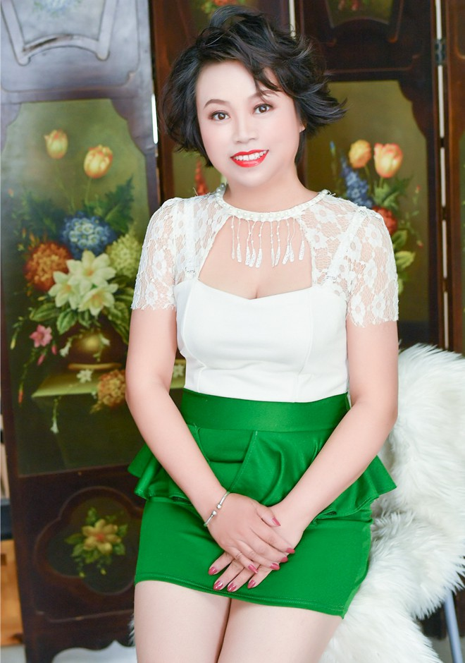 Yan (Ingrid) ID 49107