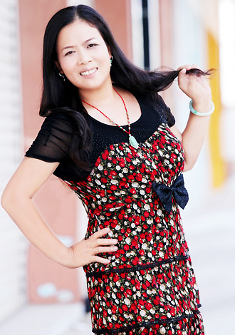 Single girl Lihua 48 years old