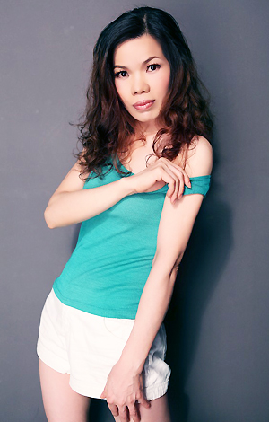 Single girl Xiaolian 50 years old