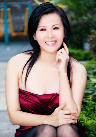 Single girl Yanjun 47 years old