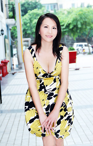 Single girl YanQiong 38 years old