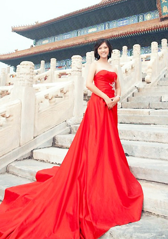 Asian bride Bing from Beijing