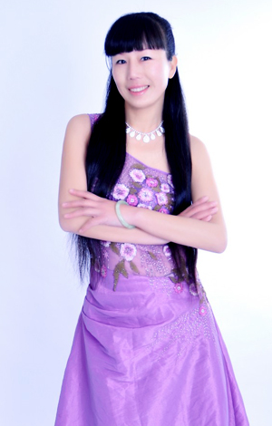 Asian bride Yan from Xiangyang