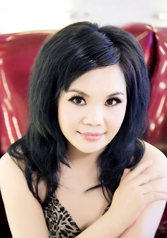 Asian bride Lan from Nanning