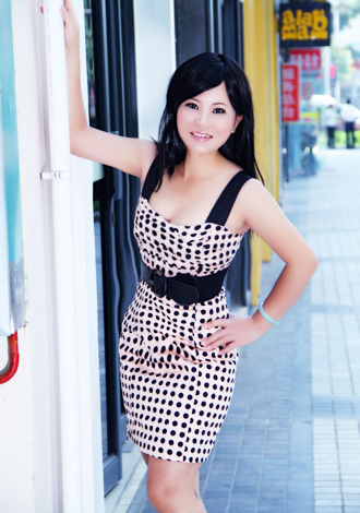 Single girl XIfang 40 years old