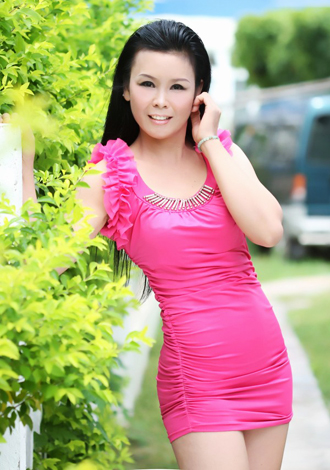 Asian bride Nengni from Beihai