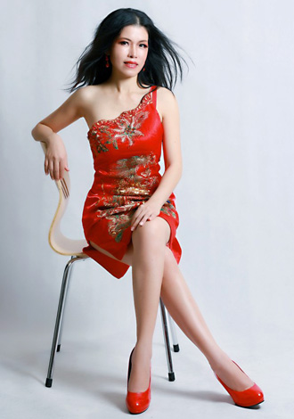 Asian bride Cuijin from Nanning