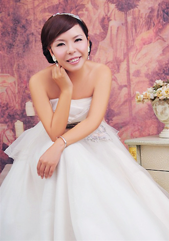 Asian bride Dan from Guilin