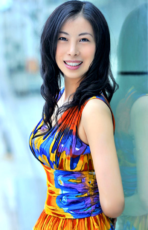 Single girl Yingxin 45 years old