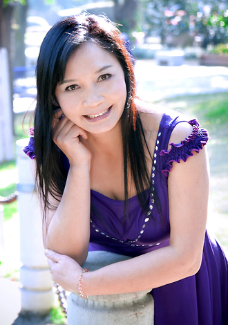Single girl Guimei 54 years old