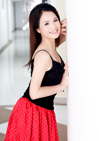 Single girl Qianfang 43 years old