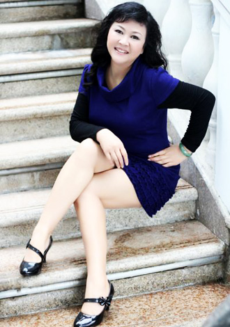 Single girl Yanping 55 years old