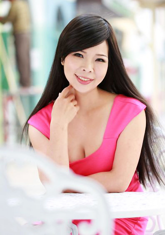 Single girl LiHong 43 years old