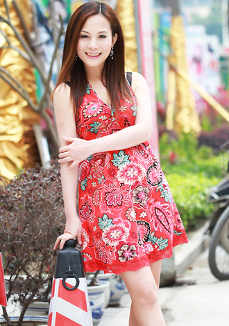 Single girl Yahong 50 years old