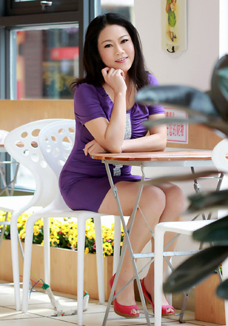 Single girl Aiqiu 56 years old