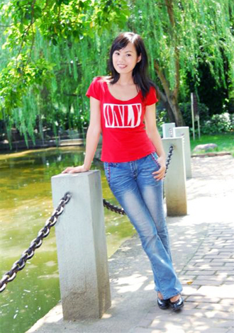 Single girl ZaiQin 37 years old