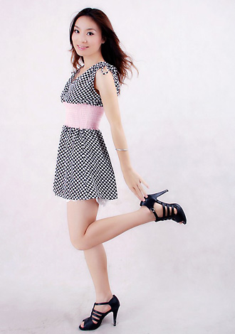 Single girl NiHong 28 years old