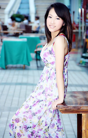 Single girl Xiaojun 34 years old