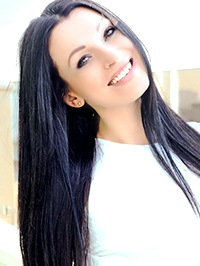 Russian single woman Alisa from Kiev, Ukraine