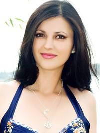 Russian single woman Olena from Nikolaev, Ukraine