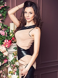 Russian Bride Inna from Korsun, Ukraine