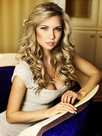 Russian Bride Elena from Donetsk, Ukraine
