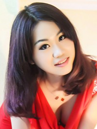 Asian Bride Qianwen (Linda) from Zhanjiang, China