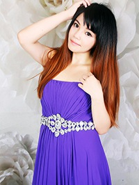 Single Yexin (Bella) from Zhanjiang, China