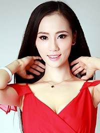 Single Chunchun (Linda) from Zhanjiang, China