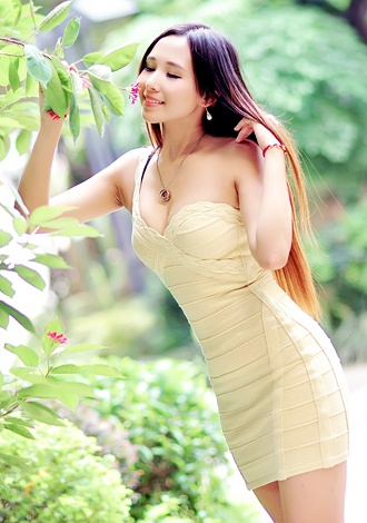 Single girl Yingru (Oksana) 30 years old