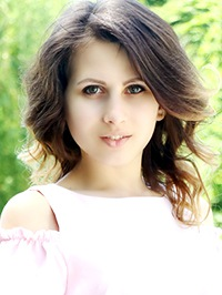 Russian Bride Elena from Khmelnitskyi, Ukraine