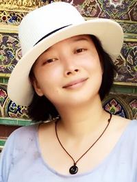 Asian woman Yan (Seona) from Shanghai, China