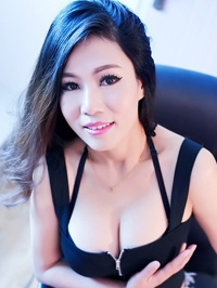Asian woman Xingli from