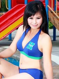 Asian woman Chunyan from Nanning, China