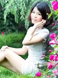 Asian woman Juanjuan from Xiangfan, China