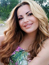 Russian Bride Larisa from Poltava, Ukraine