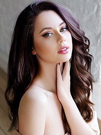 Russian Bride Yulia from Kiev, Ukraine