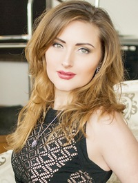 Russian Bride Oksana from Poltava, Ukraine