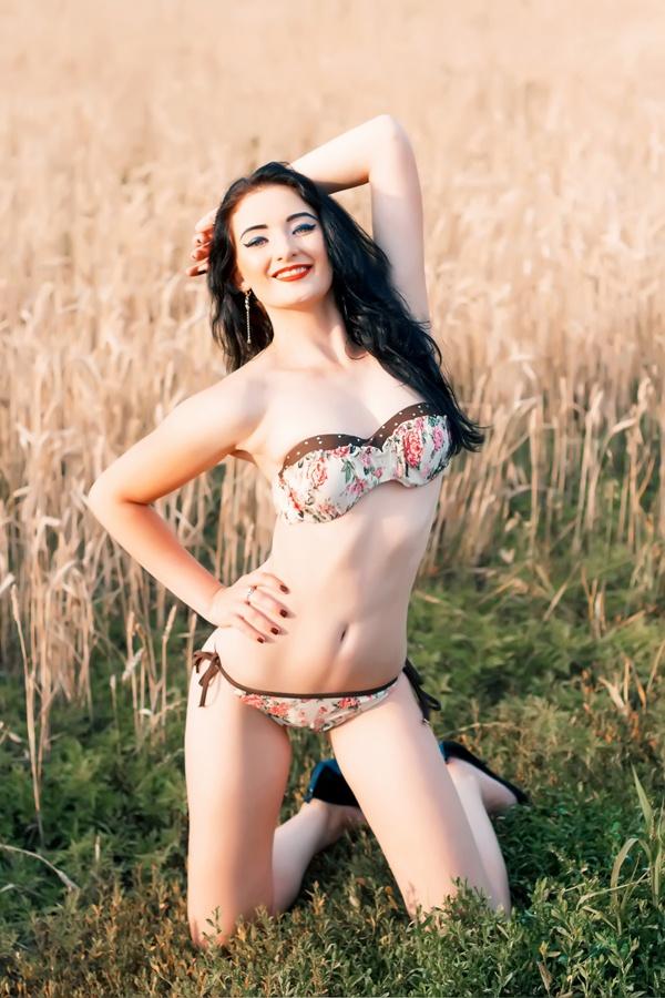Prefer Jada Stevens Porn Actress mature lady, very easy