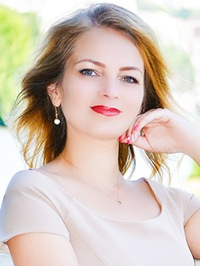Russian Bride Yaroslava from Khmelnitskyi, Ukraine