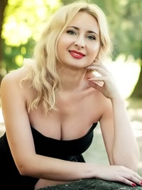 Russian Bride Iryna from Poltava, Ukraine