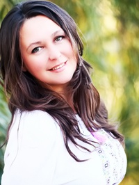 Russian single Elena from Chernevtsy, Ukraine