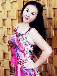Asian Bride Ling (Sophiya) from Nanning, China