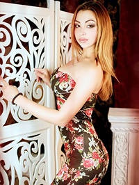 Russian Bride Albina from Poltava, Ukraine
