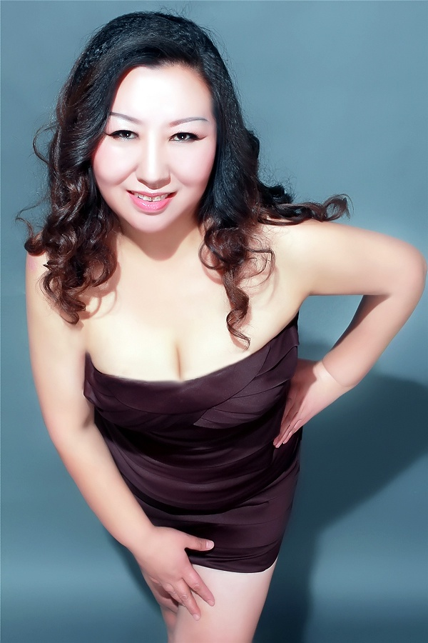 Single girl Yan (Maria) 49 years old