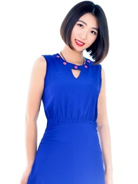Asian woman Shuang (Queena) from Shenyang, China