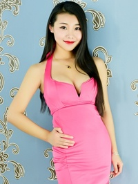Single JinYan (Sharon) from Shenyang, China