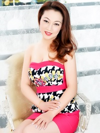 Single Hong (Astrid) from Fushun, China