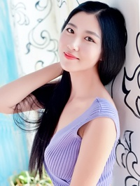Single You (Andrea) from Pengshan, China